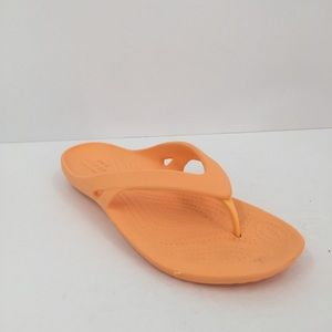 Crocs peach orange sandal thong flipflop women 8